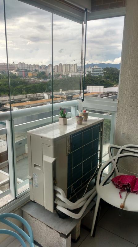 Fechamento de Sacada Deslizante Preço Caieiras - Fechamento de Sacada com Vidro