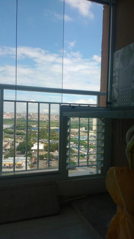 Fechamento de Sacada em Vidro Guararema - Fechamento de Sacada com Vidro