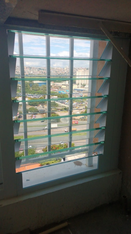 Fechamento de Sacada em Vidro Preço Ribeirão Pires - Fechamento de Sacada Residenciais