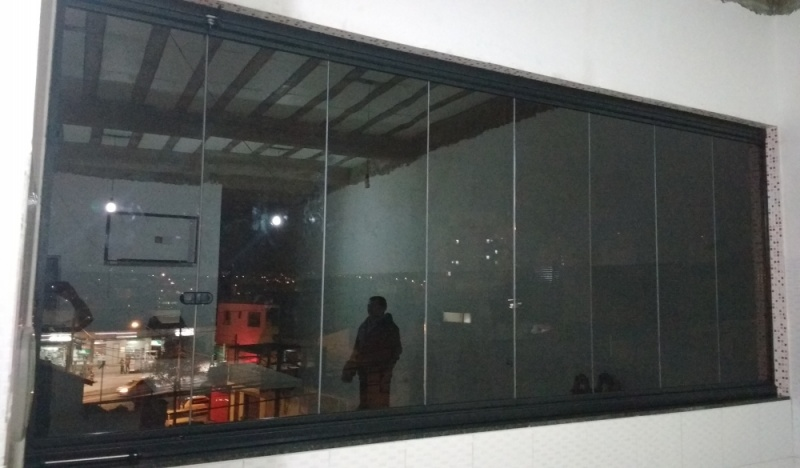 Fechamento de Sacada Vidro Temperado Ou Laminado Preço Embu - Varanda de Vidro