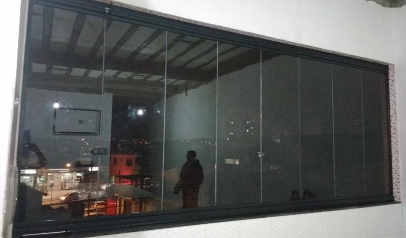 Fechamento de Sacada Vidro Temperado Ou Laminado Preço São Lourenço da Serra - Fechamento de Varanda de Vidro