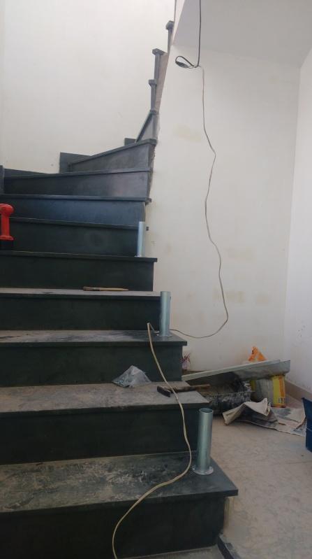 Guarda Corpo de Vidro de Escada Preço Embu - Guarda Corpo de Vidro Bronze
