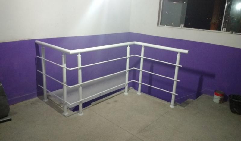 Guarda Corpo em Vidro Laminado Preço Mauá - Guarda Corpo de Vidro de Escada