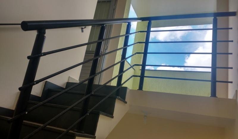 Instalação de Corrimão de Escada de Alumínio Santa Efigênia - Corrimão de Vidro Temperado