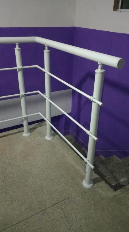 Instalação de Guarda Corpo de Vidro Preço Ribeirão Pires - Guarda Corpo para Escada Caracol