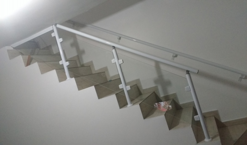 Orçamento de Corrimão de Escada de Vidro Cajamar - Empresa de Corrimão de Vidro