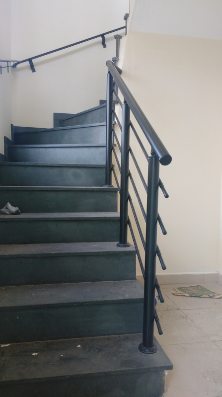 Orçamento de Guarda Corpo de Vidro Para Escada Itapecerica da Serra - Guarda Corpo Interno