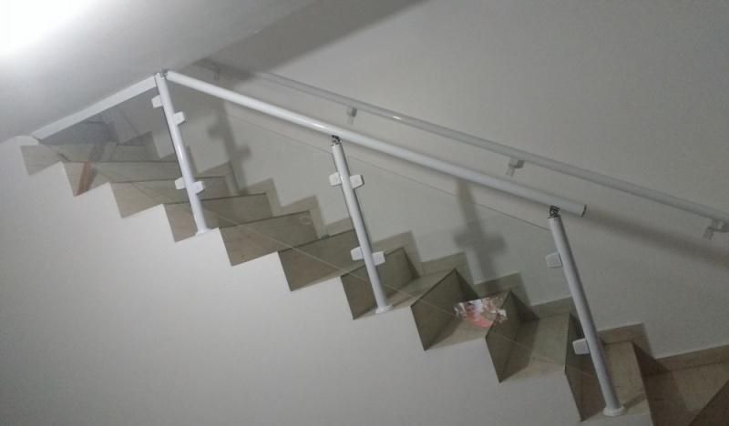 Orçamento de Guarda Corpo de Vidro para Piscina São Bernardo do Campo - Guarda-Corpo de Vidro para Escada