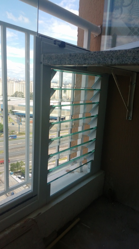 Quanto Custa Fechamento de Sacada em Vidro Cajamar - Fechamento de Vidro para Varanda de Apartamento