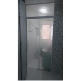 Box de vidro para banheiro pequeno preço Embu das Artes