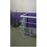 corrimão de escada com vidro Cajamar