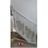 corrimão de escada de alumínio e vidro Poá