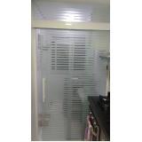 empresa de Box de vidro articulado para banheiro Sé