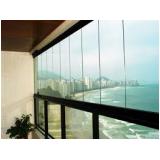 Envidraçar sacada de apartamento em São Lourenço da Serra