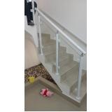 instalação de corrimão de escada de alumínio e vidro Suzano
